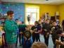 """Centra """"Pepija"""" apmeklētāji rāda savu meistarību KENDAMA sacensībās"""
