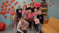 """Centra """"Pepija"""" apmeklētāji gatavojās tuvākajām svētkiem – Valentīndienai. Radošā darbnīca centra apmeklētājiem tiek organizēta ar ieceri apliecināt, ka Svētā Valentīna diena nav tikai mīlētāju svētki, bet mīlestības svētki, tas ir, […]"""